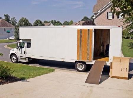 long distance truck unloading